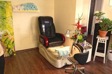 Thanh Dat Nagelstudio - massage chair